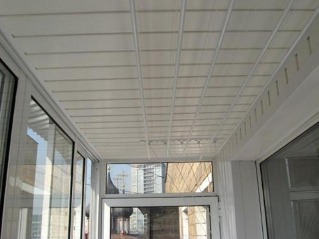 Как сделать потолок на балконе фото 407
