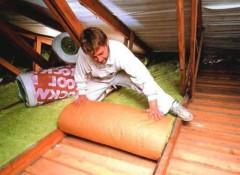 Как лучше утеплить потолок в частном доме?