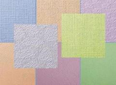 Обои под покраску на потолке — что они собой представляют и как их красить?