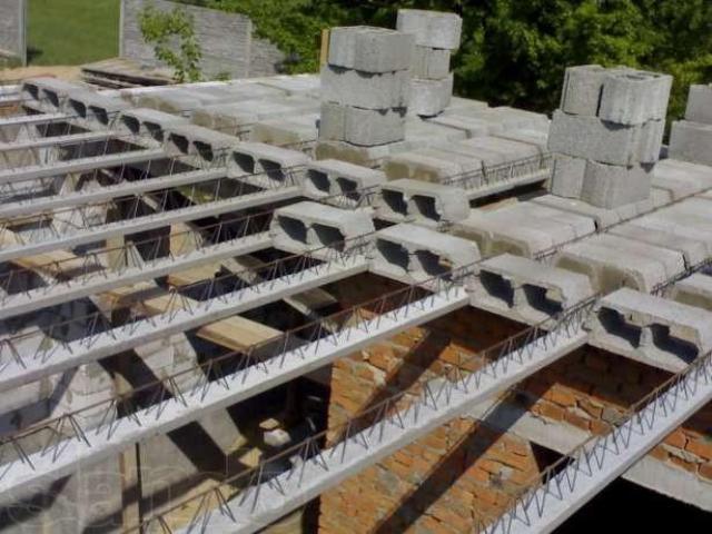 Монолитные потолки - какие они?