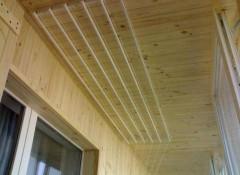 Сушим белье на балконе — потолочные и настенные сушилки