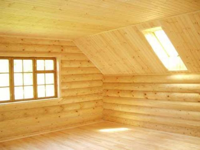 Дизайн потолка из деревянной вагонки