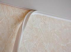 Что собой представляет и какие бывают виды декоративной ленты для натяжного потолка