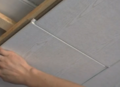Отделка стен и потолка панелями изотекс — как она выполняется?