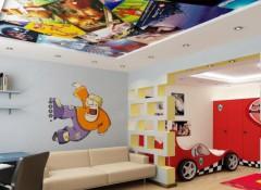 Установка в детской комнате натяжных потолков — преимущества и варианты исполнения