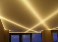 Применение неоновой подсветки для натяжных потолков