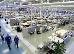 Какие есть производители натяжных потолков?