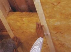 Как самостоятельно изнутри утеплить потолок в доме?