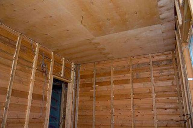 Черновой потолок в деревянном доме своими руками
