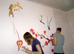 Как выполняется художественная роспись стен и потолка?