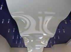 Особенности и применение волнистых натяжных потолков