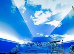 Интересное решение — потолок «небо» с подсветкой