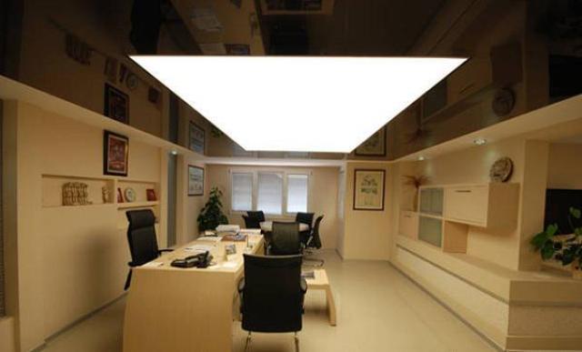 Полупрозрачный потолок с подсветкой своими руками