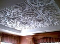 Порядок выполнения работ и тонкости создания клеевых потолков своими руками