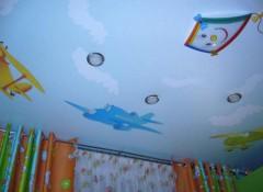 Детская комната — выбираем, какой потолок лучше делать
