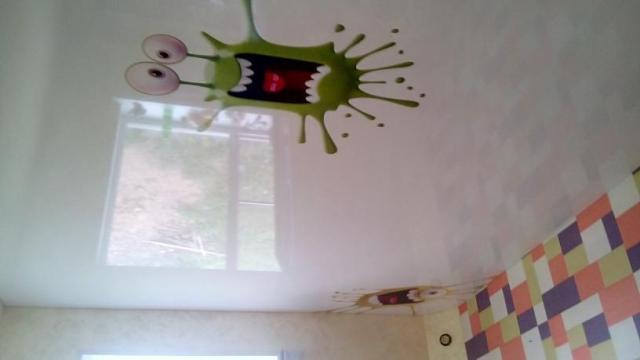 натяжные потолки с фотопечатью фото для детской