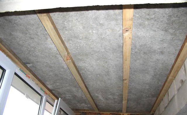 Как сделать обрешетку на потолок под панели 840