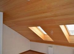 Основные варианты отделки мансардных потолков