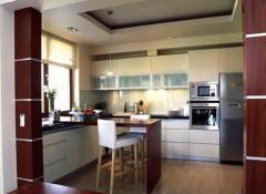 Преимущества и особенности гипсокартонных потолков на кухне