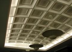 Особенности и варианты оформления потолков из гипса