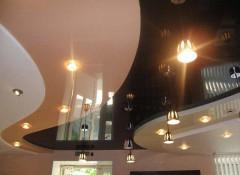 Натяжные потолки из различных материалов — самые красивые решения