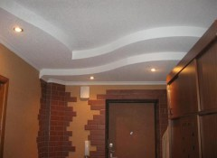 Прихожая в хрущевке — особенности применения потолков из гипсокартона