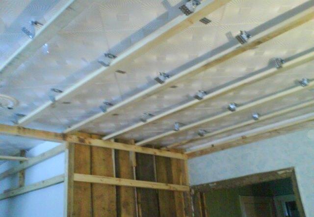 Потолок своими руками из сайдинга видео инструкция