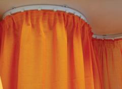 Разновидности и преимущества гибких карнизов для штор