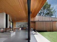 Потолок на дачной террасе — как его можно задекорировать?