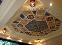 Особенности и варианты оформления потолка в восточном стиле