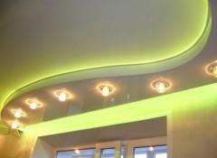 Виды и особенности установки полукруглых натяжных потолков