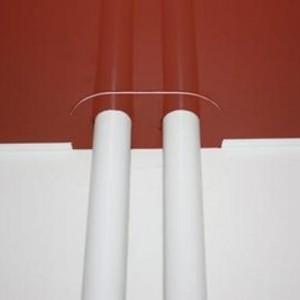 Обход трубы при установке натяжного потолка