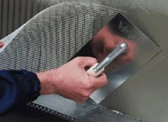 Как с помощью сетки сделать ремонт потолка?