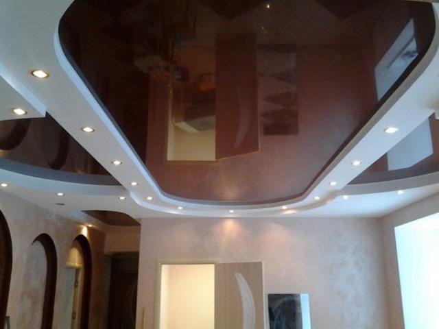 Натяжные потолки в спальне: 60 современных вариантов, фото 45