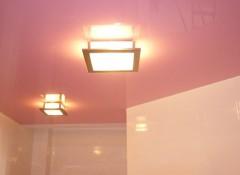 Особенности применения розовых натяжных потолков