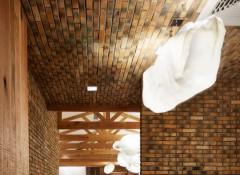 Варианты создания потолка «под кирпич»