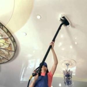 Как с потолка отмыть никотиновый налет?