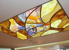 Что собой представляют панно на потолок, виды и варианты применения