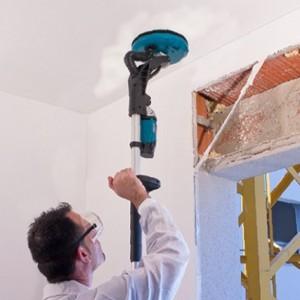 Технология шлифовки потолка после шпатлевки