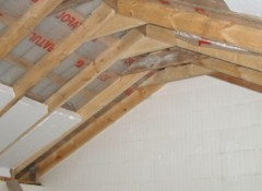 Утепление крыши — можно ли использовать пенопласт?