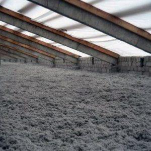 Потолок под холодной крышей — как его утеплить?
