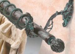 Плюсы, минусы и применение кованых карнизов для штор
