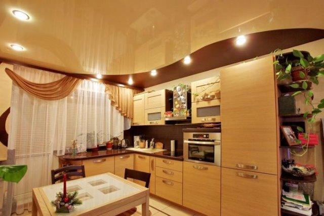 Как недорого сделать потолок на кухне 15