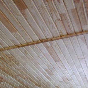 Как собирают потолки из дерева?