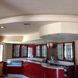 Оригинальный потолок на кухне — важные моменты и выбор материала
