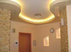 Оригинальный потолок в коридоре — варианты