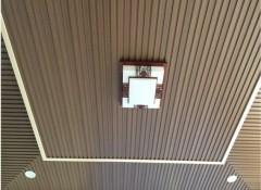 Потолок из ДПК — особенности и преимущества