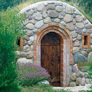 Утепление потолка погреба — какой материал выбрать?