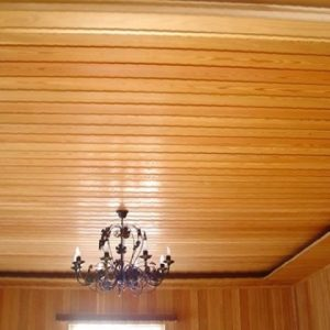 Какой доской подшивать потолок?