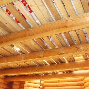 Подшиваем потолок доской — как все сделать правильно?